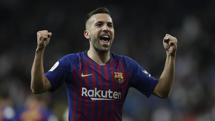 Jordi Alba, 2024'e kadar Barcelona'da