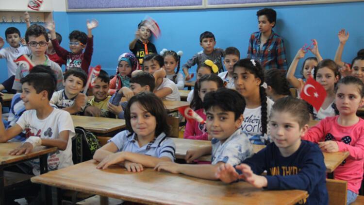 Suriyeli göçmen çocukların yüzde 62'si okullu oldu