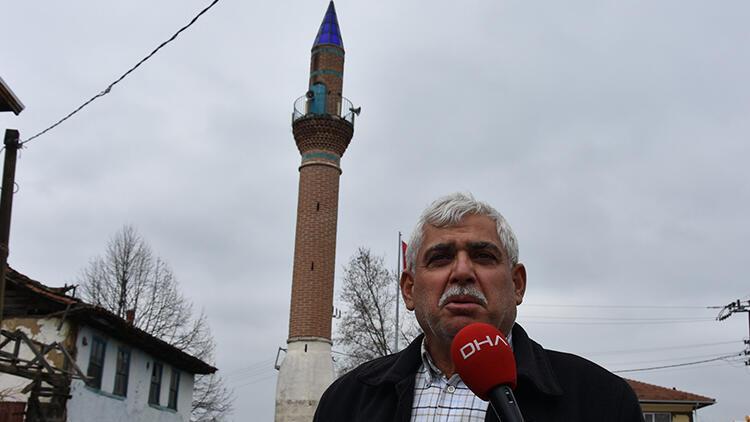 Camisiz minare köyün sembolü oldu