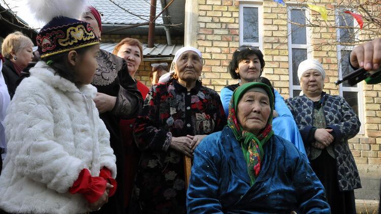 Kırgızlar'da yüzyıllardır devam eden Nevruz Bayramı geleneği sümölök