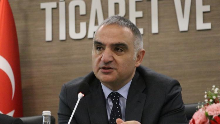 Bakan Ersoy açıkladı: O kanunu geliştiriyoruz, meclise girmesini sağlayacağız