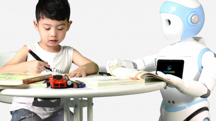 Çocuk bakan robotlar mı geliyor?