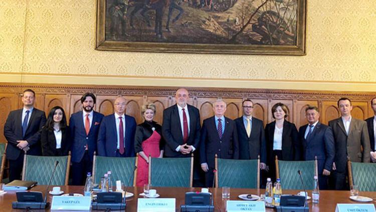 Büyükelçi Oktay'dan Macar Parlamentosuna ziyaret