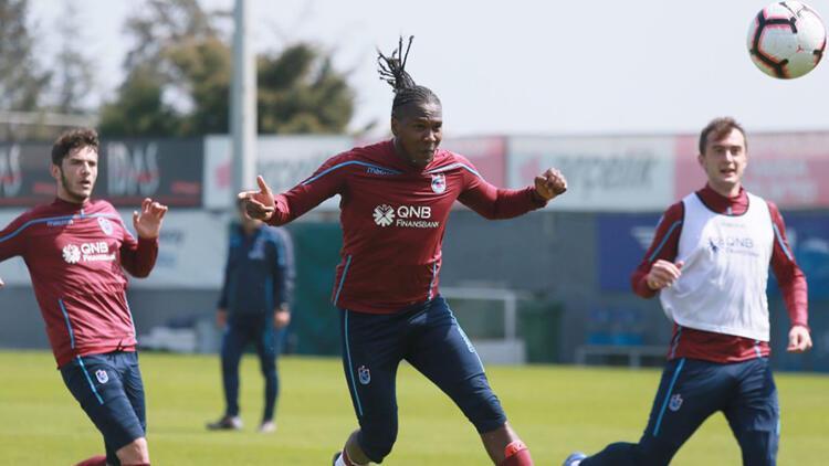 Trabzonspor, Bursaspor maçı hazırlıklarına ara vermeden başladı
