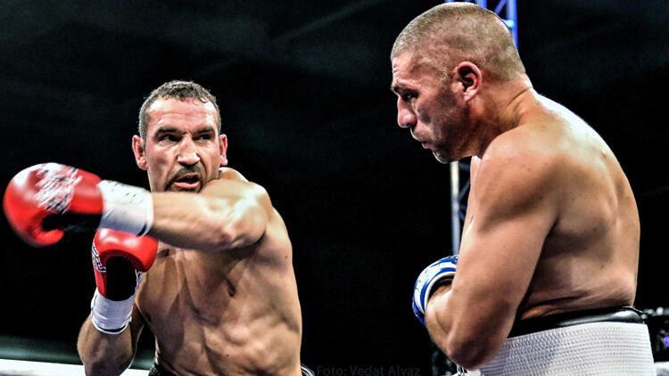 Şampiyon boksör Fırat Arslan, bırakacağı tarihi açıkladı