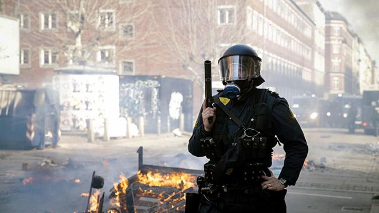 Danimarka'da aşırı sağcıdan yine provokasyon