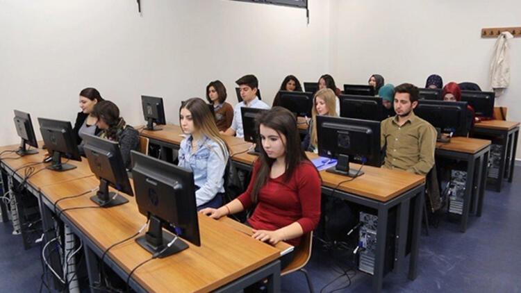 Rektörden öğrencileri heyecanlandıran yarışma