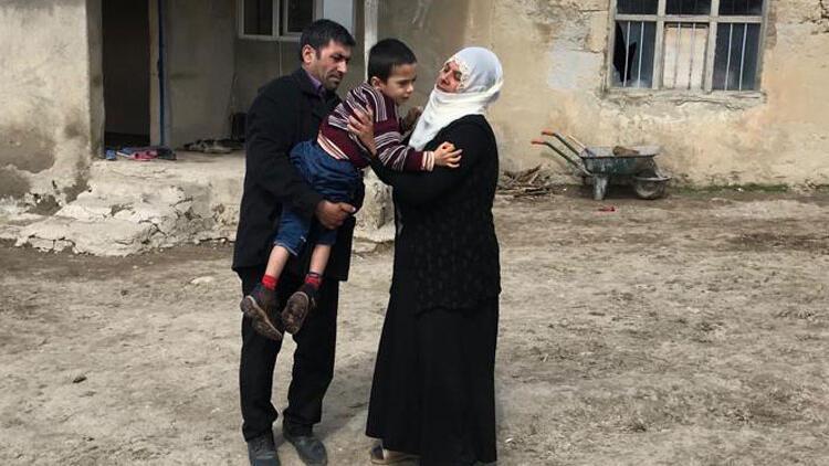"""""""Allah rızası için çocuğumu getirsinler, yüreğim parçalanıyor"""""""