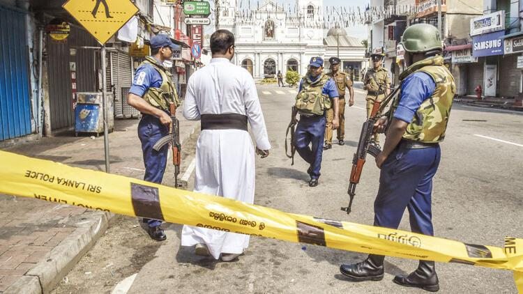 Sri Lanka'yı kana bulayan 8 bombacı