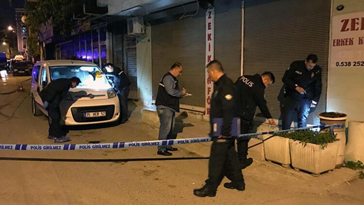 İzmir'de sokak ortasında kanlı infaz