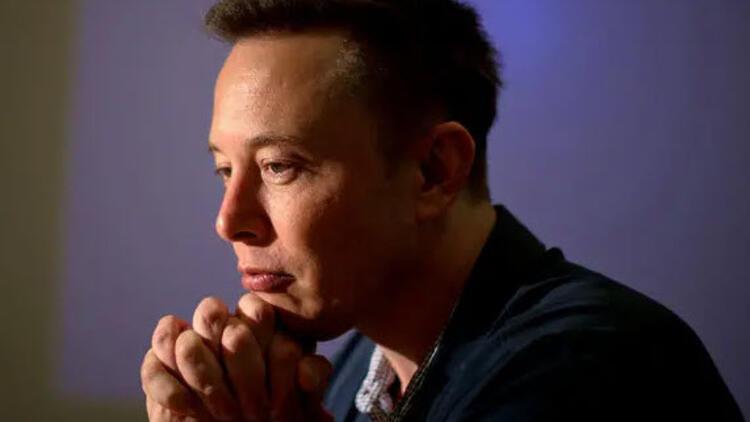 Tesla'dan 702 milyon dolar zarar