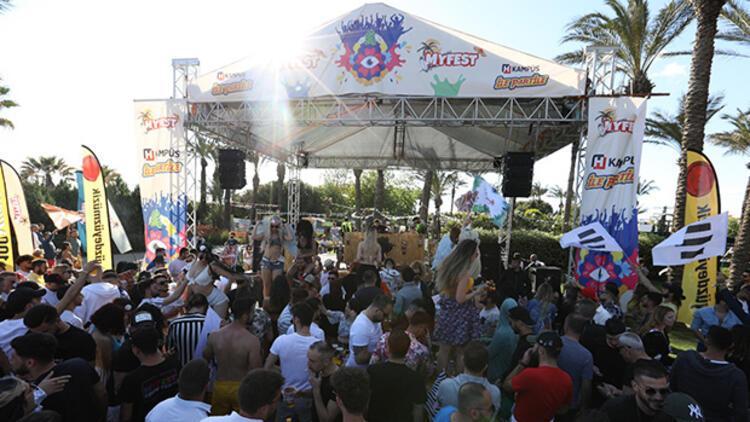 Hürriyet Kampüs ile Myfest Gençlik Festivali'nde partiledik!