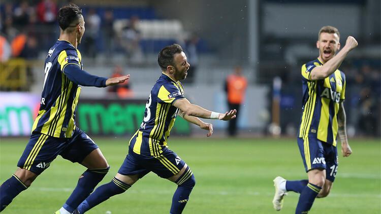 Fenerbahçe'de ayrılık kapıda! Valbuena...