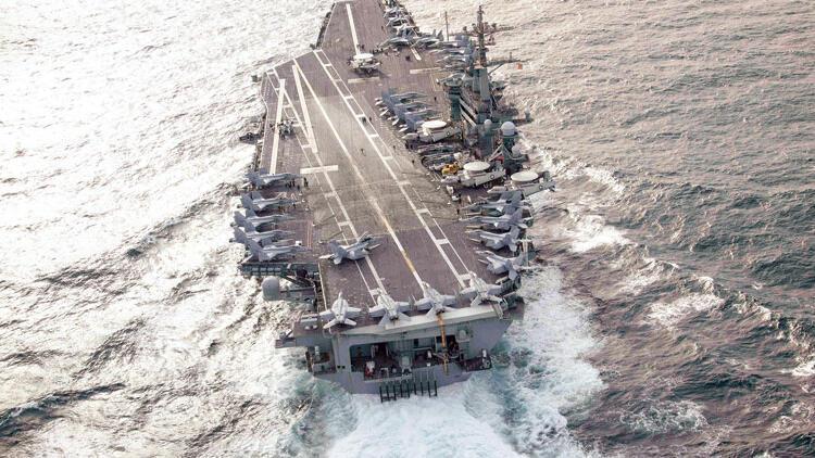 ABD'nin uçak gemisi Süveyş'i geçti
