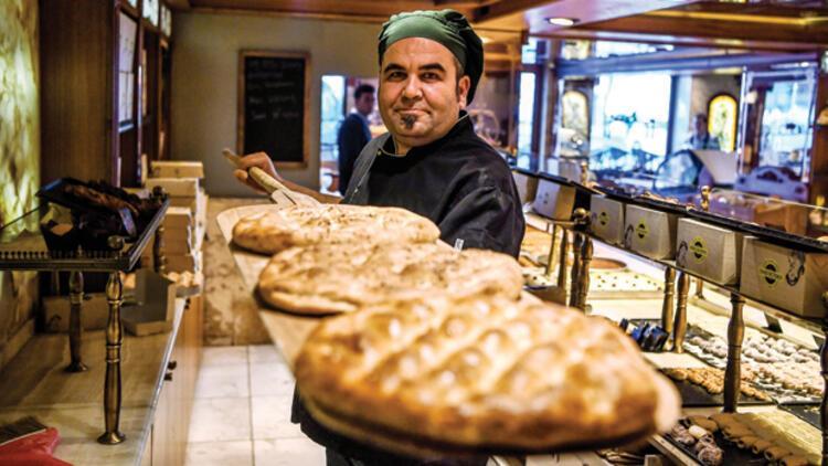 Dolu dolu lezzetin en saf hali Ramazan pidesi