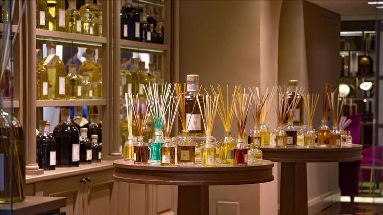 Taksit sınırlamasına rağmen parfüm ithalatı hız kesmedi
