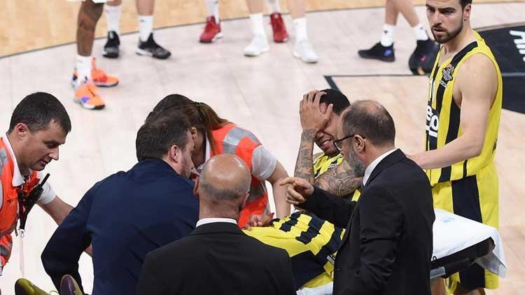 Fenerbahçe'ye Green şoku! Sedyeyle kaldırıldı...