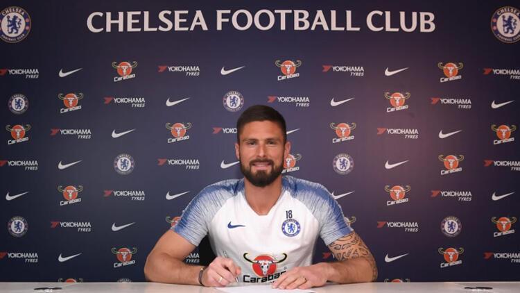 Giroud'nun sözleşmesi 1 yıl uzatıldı