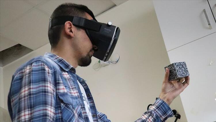 Mühendis adaylarından dersi 'artırılmış gerçeklikle' öğretecek uygulama