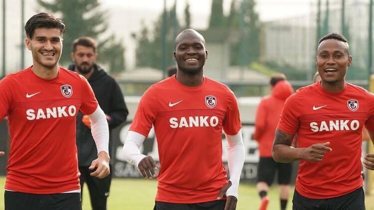 Gazişehir Gaziantep, final için Ankara'da!