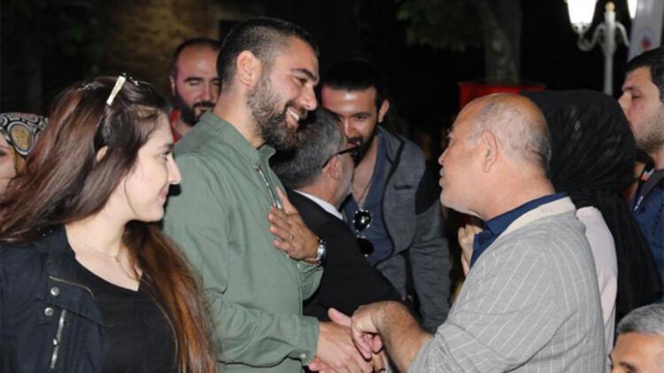 Kadir Doğulu ve Devrim Özkan Darülaceze'de düzenlenen iftara katıldı!