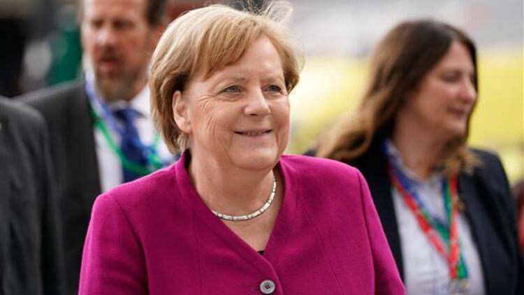 AB Liderler Zirvesi Brüksel'de toplanıyor