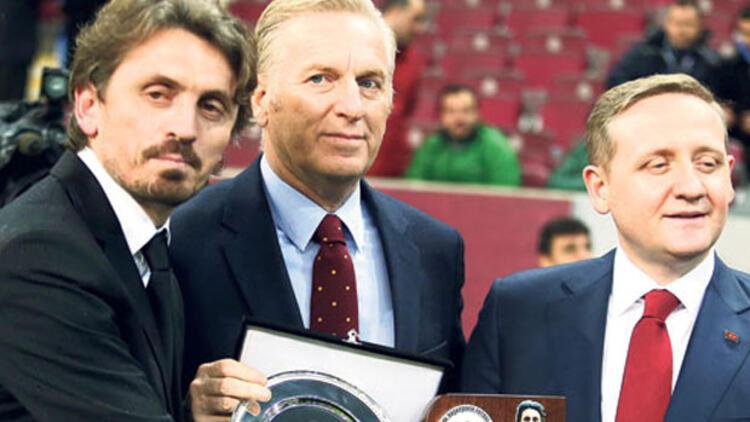 Beşiktaş'tan Orhan Ak'a veto