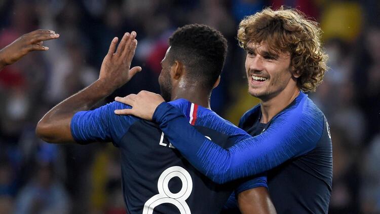 Fransa, Bolivya'yı 2 golle geçti