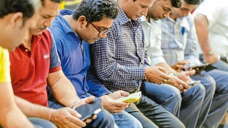 """""""Mobil iletişim markalarımızın pazar payını yüzde 40'a çıkartabiliriz"""""""
