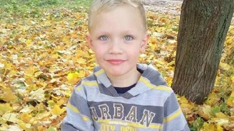 Ukrayna'da tenekelere ateş eden alkollü polisler bir çocuğu öldürdü