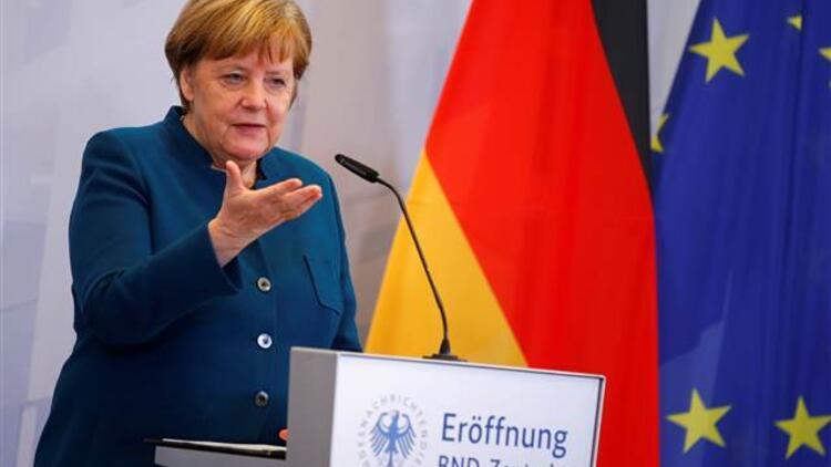 Merkel'den kritik AB ve ABD mesajı