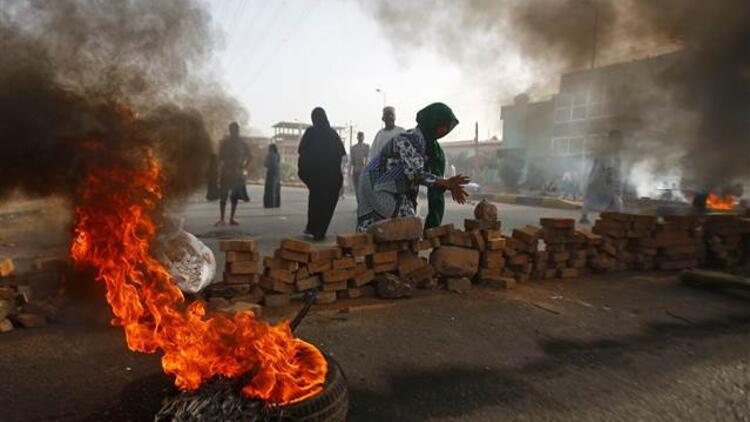 Sudan'da 9 ay içinde seçime gidilecek