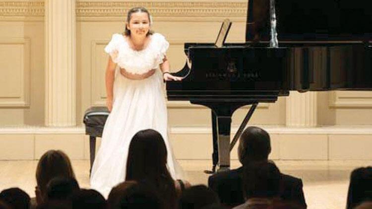 Carnegie Hall'da resital verdi... İpek'in başarısı