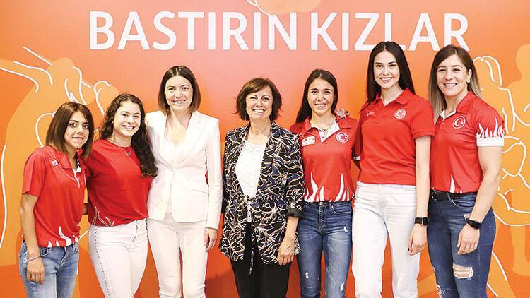 Bastırın kızlar! ING Türkiye ve Olimpiyat Komitesi kadın sporcuları birlikte destekliyor