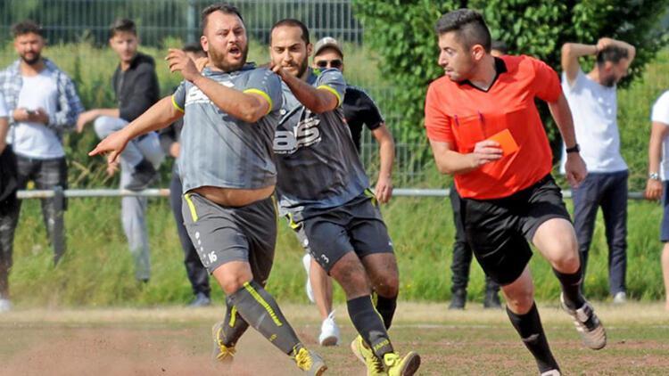 Futbolcuya da malzemeciye de ceza yağdı