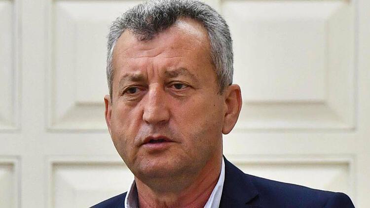 Tahir Şahin Menemen Belediyespor'daki görevinden istifa etti