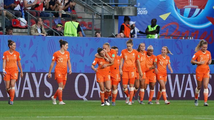 Hollanda ilk kez çeyrek finalde
