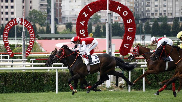 At yarışlarında derbi heyecanı
