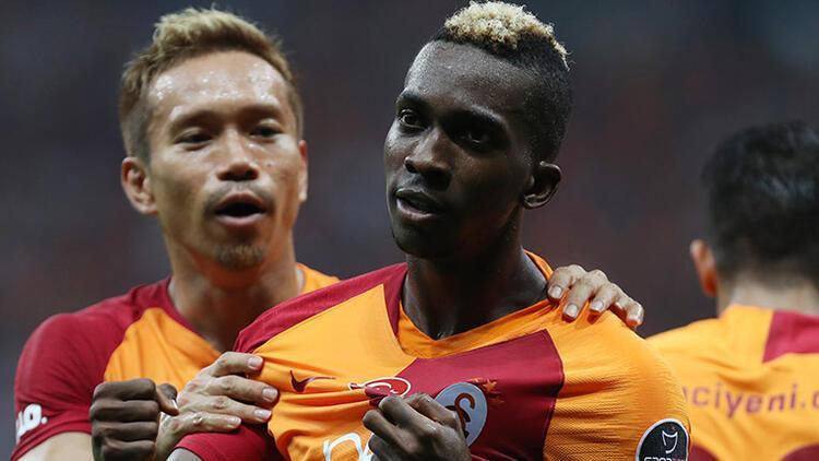 Henry Onyekuru bir yıl daha Galatasaray'da!