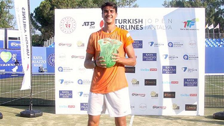 Antalya Open'da şampiyon Lorenzo Sonego