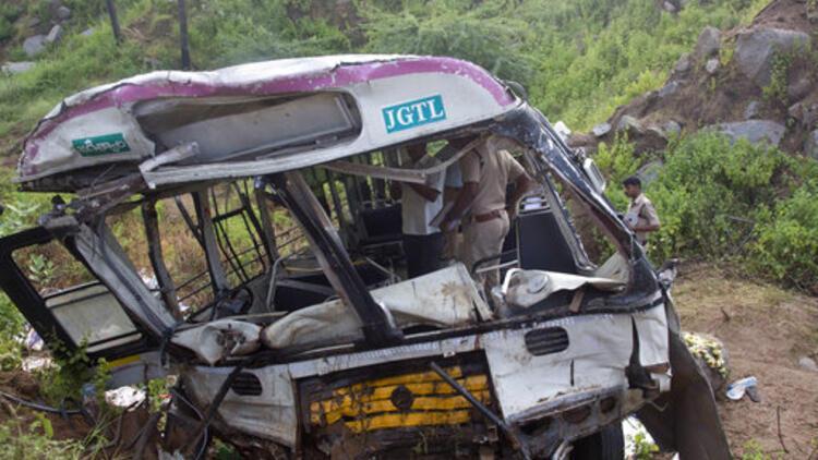 Hindistan'da katliam gibi kaza: 31 ölü