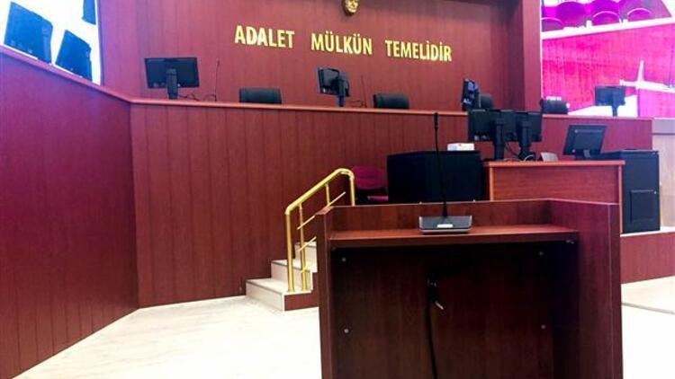 Eski Yargıtay Üyesi Mehmet Arı'ya FETÖ'den 13 yıl 9 ay hapis