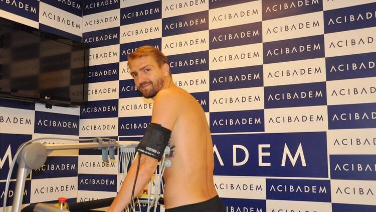 Beşiktaş'ta Caner Erkin sağlık kontrolünden geçti