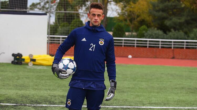 Fenerbahçeli kaleci Kaan Parıltan, BAK Spor Kulübü'ne transfer oldu!
