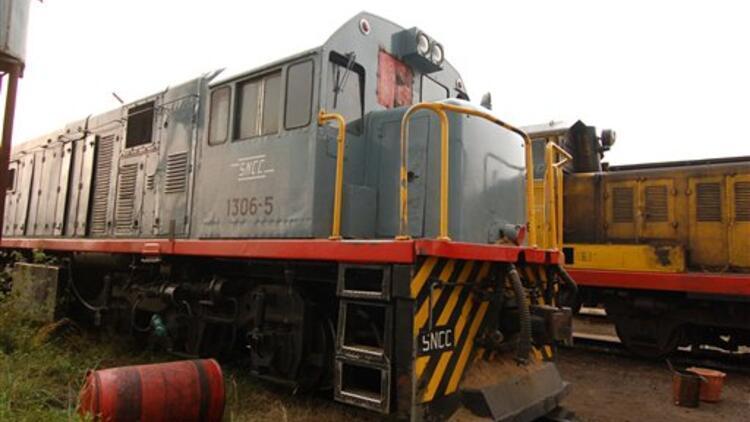 Kongo Halk Cumhuriyeti'nde iki tren çarpıştı: Çok sayıda ölü var