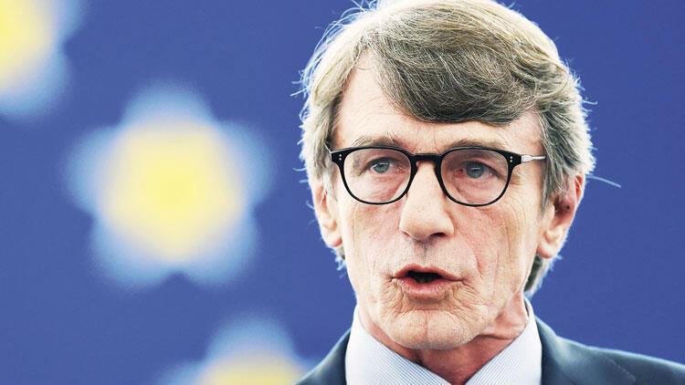 Avrupa Parlamentosu'na yine İtalyan başkan