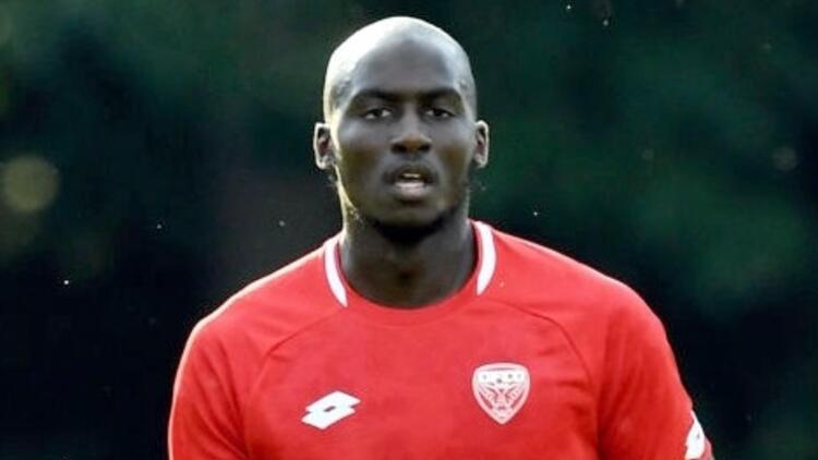 Sivasspor, Cedric Yambere'ye teklif götürüyor!   Transfer haberleri...