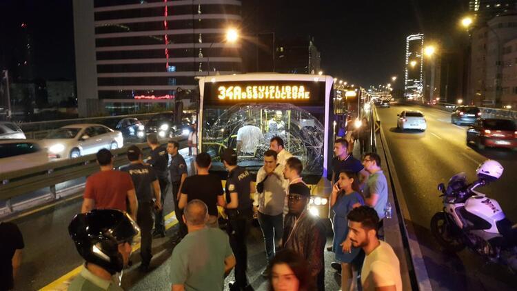Şişli'de metrobüs kazası