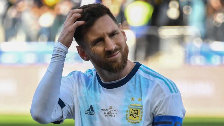 Messi'ye bir şok daha! Copa Amerika'nın en iyi 11'inde yok...