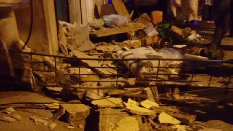 Balkon çöktü: Bir kişi yaralandı